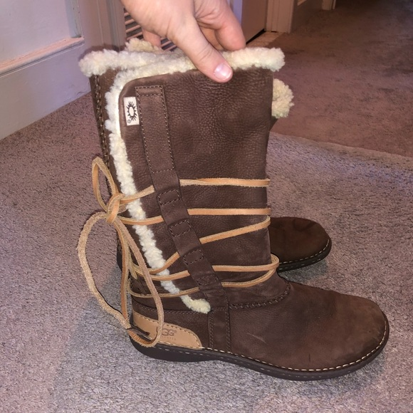 UGG Shoes - UGG Catalina Boot - OFFERS WELCOME 😃
